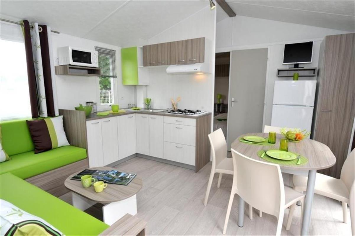 xxx m h rideau nirvana 2013 35 m 28 000 vente de mobil homes st gilles croix de. Black Bedroom Furniture Sets. Home Design Ideas