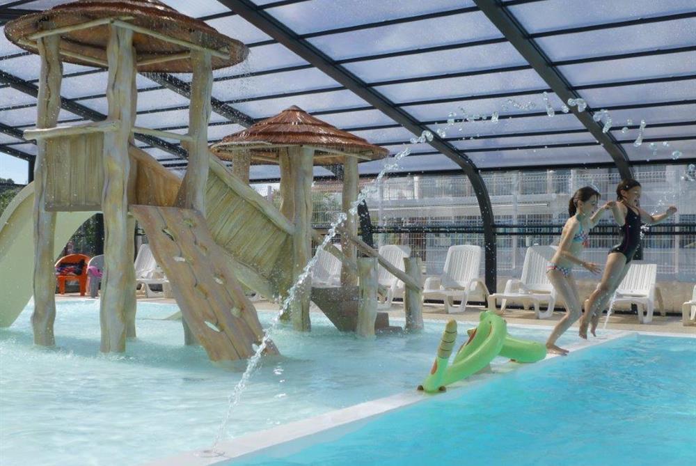 Camping avec espace aquatique piscine couverte et Camping pas de calais piscine couverte