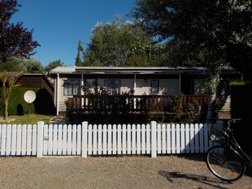 vendu 2016 564 m h willerby 40 m vente de mobil homes st gilles croix de. Black Bedroom Furniture Sets. Home Design Ideas